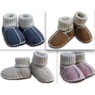 Baby Lammfell Krabbelschuhe verschiedene Farben mit Strickbünchen
